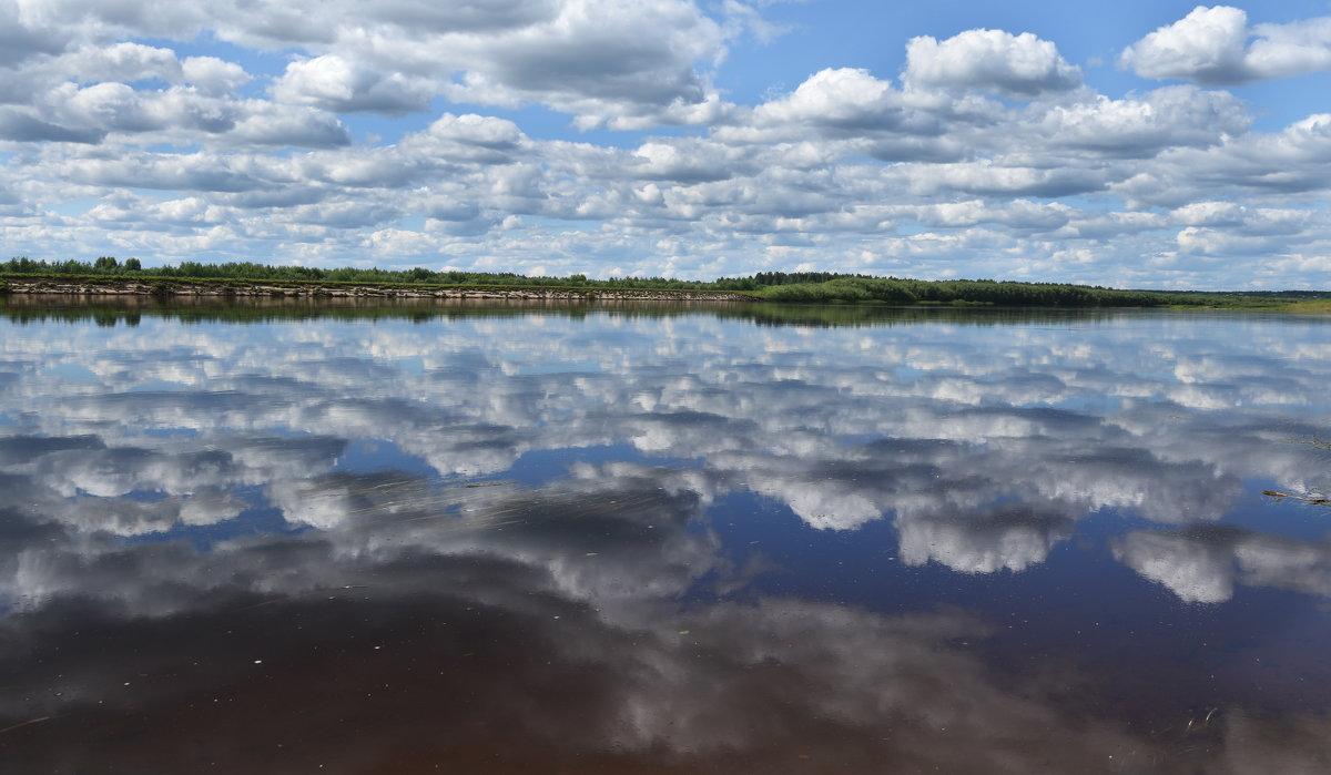 В реку смотрятся облака... (река Вычегда) - Инна *