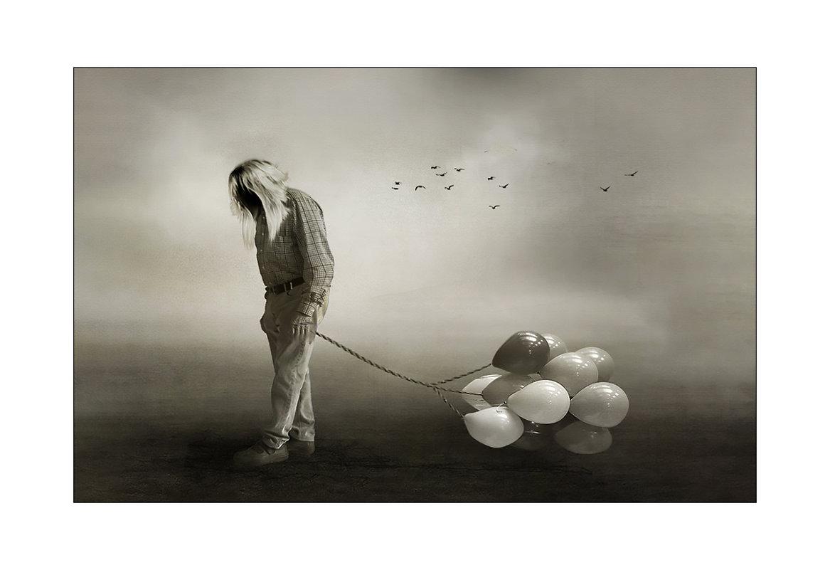 продавец воздушных шаров - старик