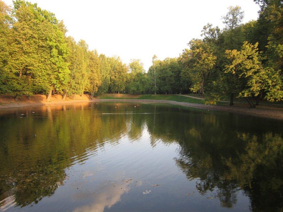 В парке в сентябре - Дмитрий Никитин