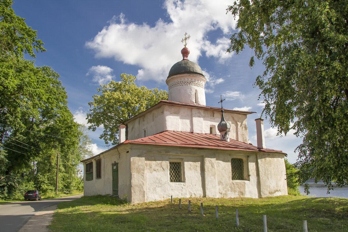 Псков. Морской храм святителя Климента Римского - leo yagonen