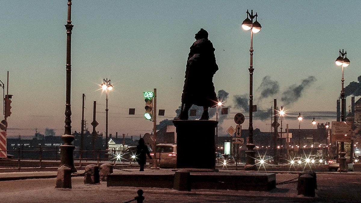 Санкт-Петербург. Памятник Доменико Трезини зимней ночью. - Игорь Олегович Кравченко