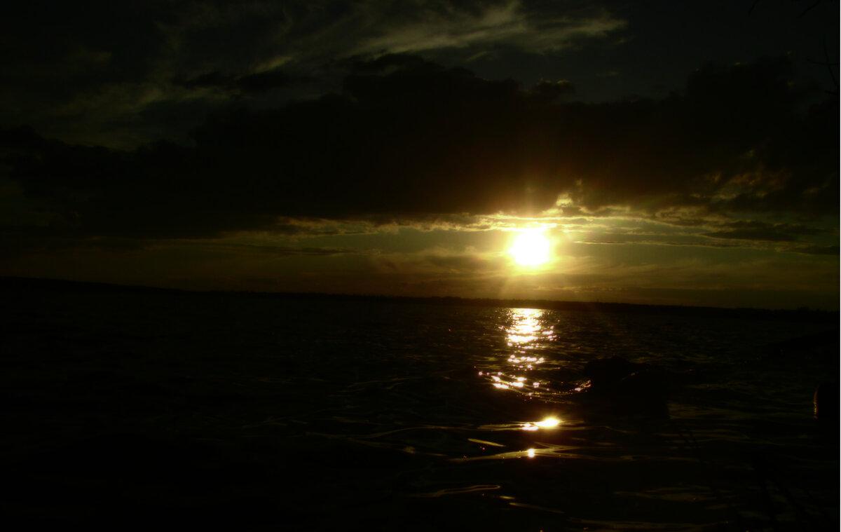 Закат на реке - Андрей К