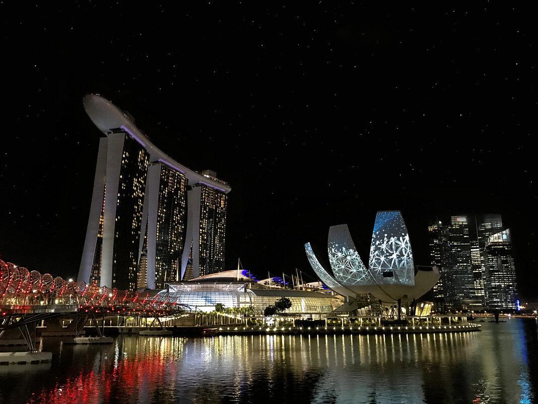Набережная ночного Сингапура - Виктор Осташин