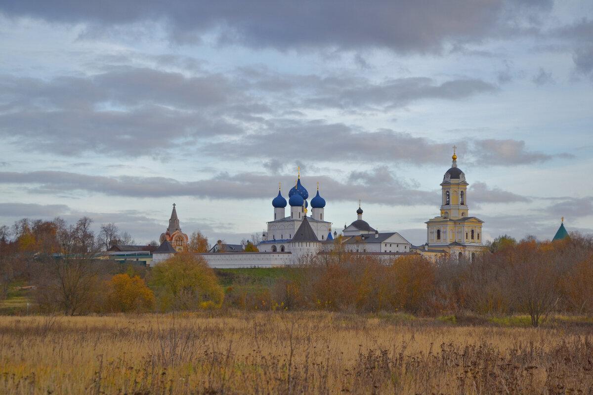 Вид на Высоцкий монастырь. Серпухов - Александра
