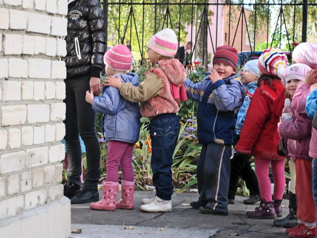 Детский сад на прогулке 3 - Рита Куприянова