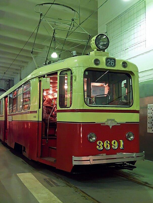 Экспонат Музея электрического городского транспорта (Санкт-Петербург) - Ольга И