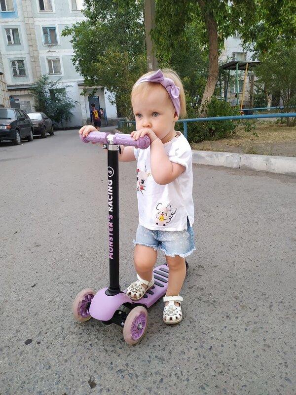Самокатчица Ульянка. - Хлопонин Андрей Хлопонин Андрей