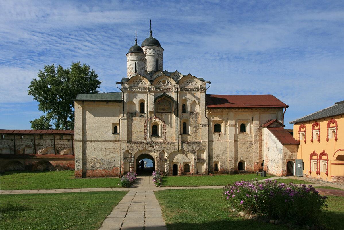 Кирилло-Белозерский монастырь - Зуев Геннадий