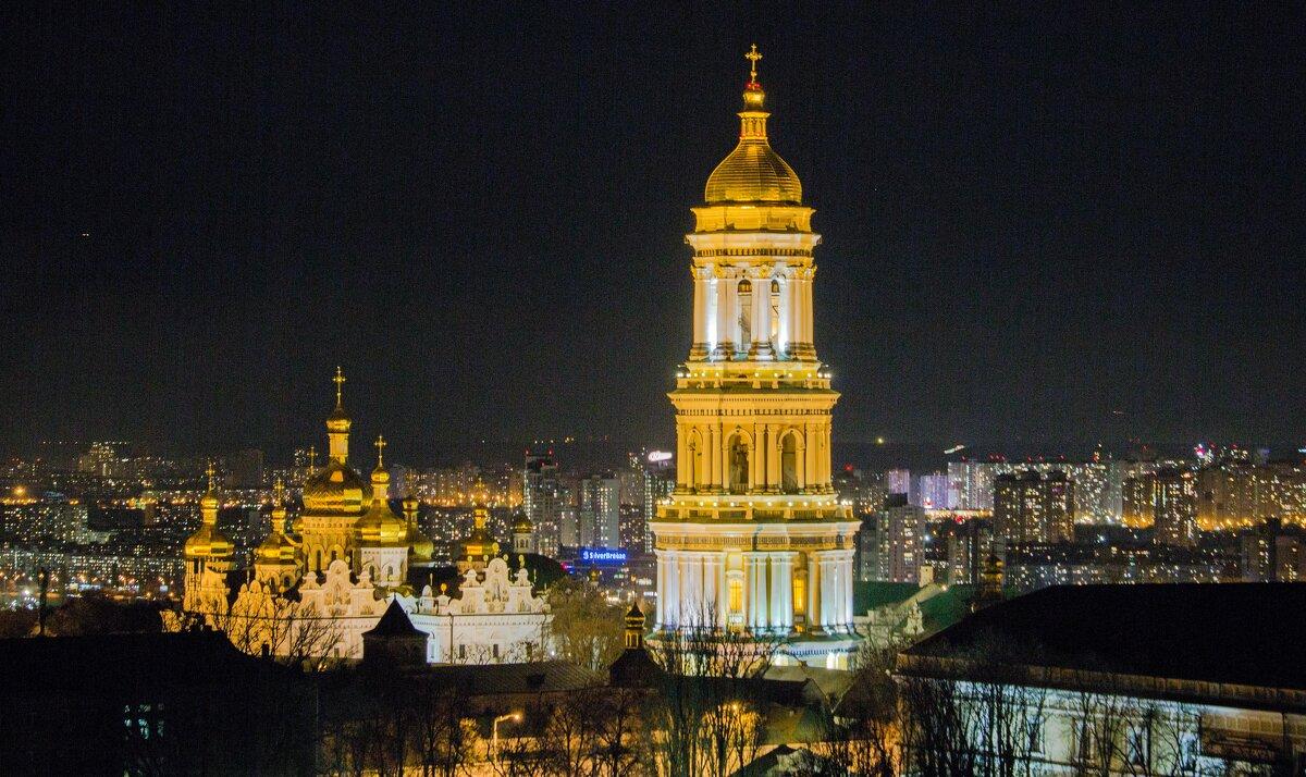 Ночной пейзаж - Олег