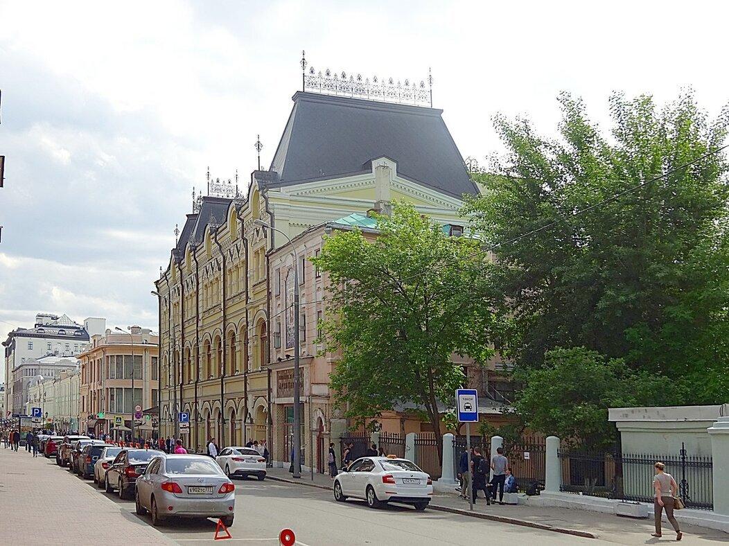 Москва, Рождественка, 9 и 11 - Сергей Антонов