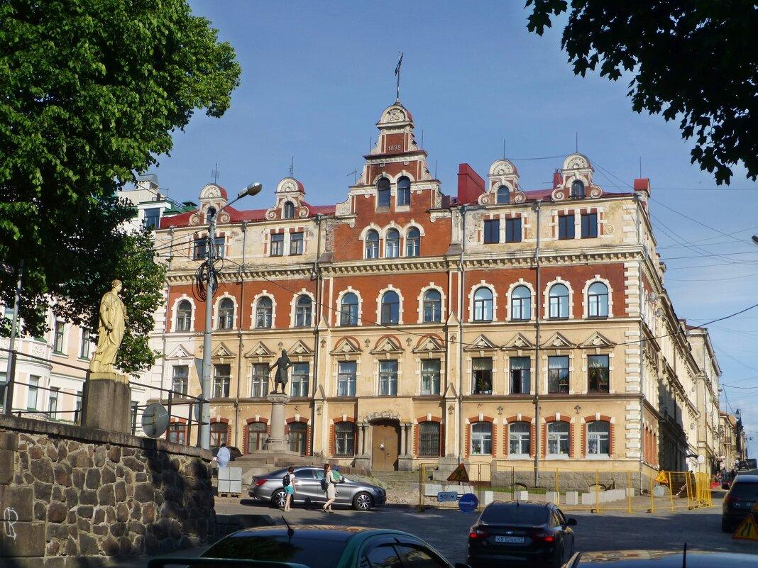 Городская Ратуша Выборга - Лидия Бусурина