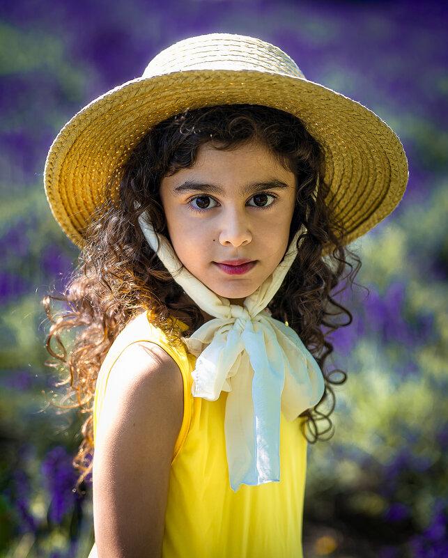 девочка в шляпе - Наталья Борисова