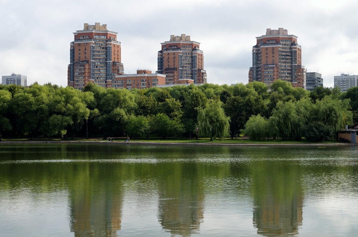 Городской парк. - Валерий Пославский
