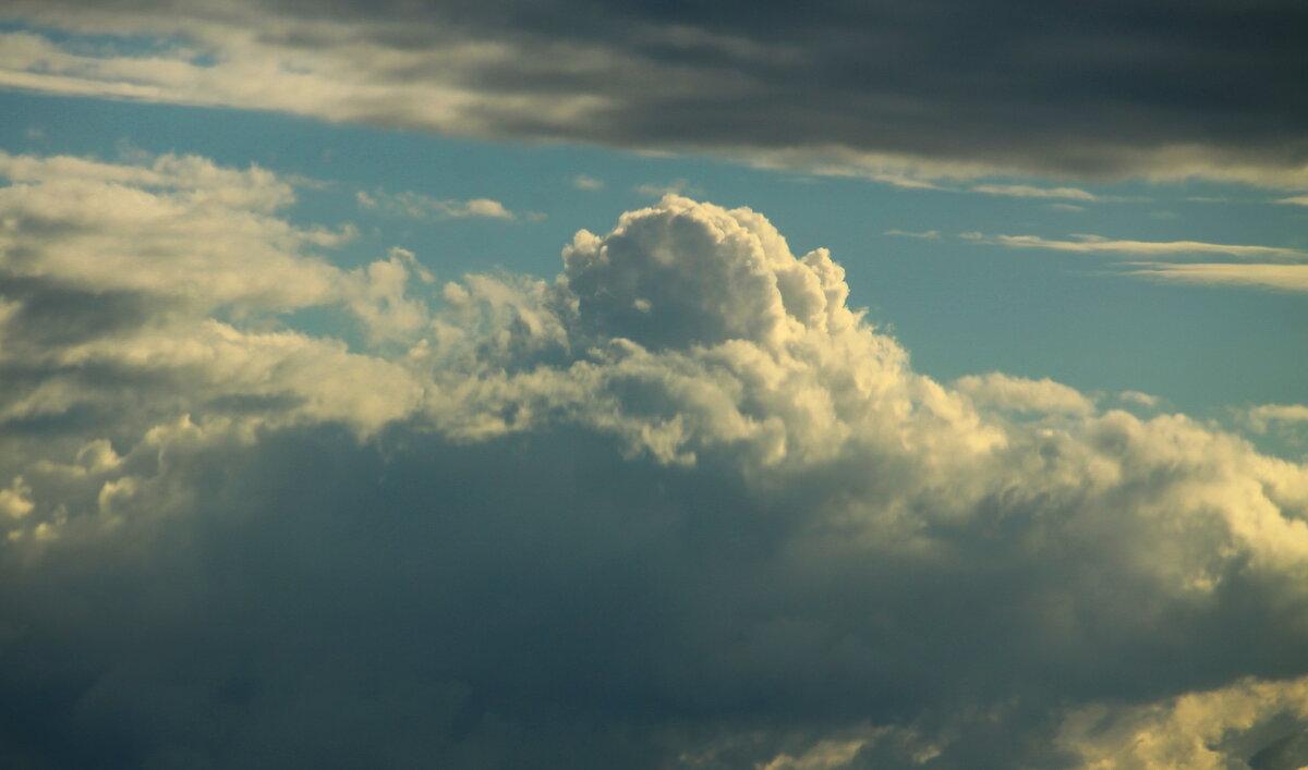 Плывут по небу облака, а в них ... мечты...... - Tatiana Markova