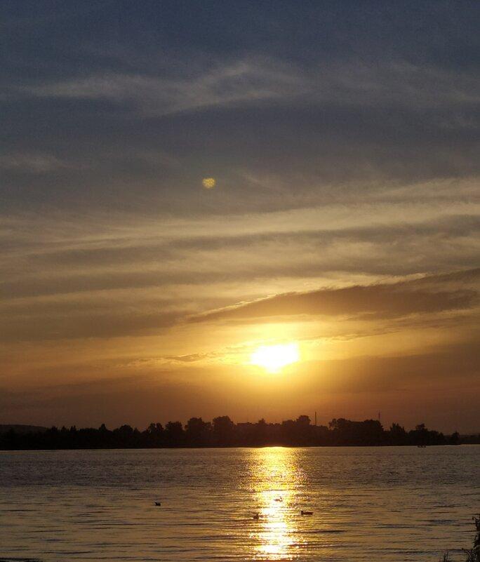 На закате дня - Елена Елена