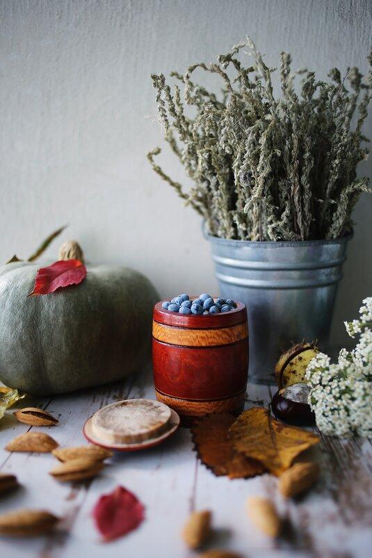 Осенний натюрморт - Яна Горбунова