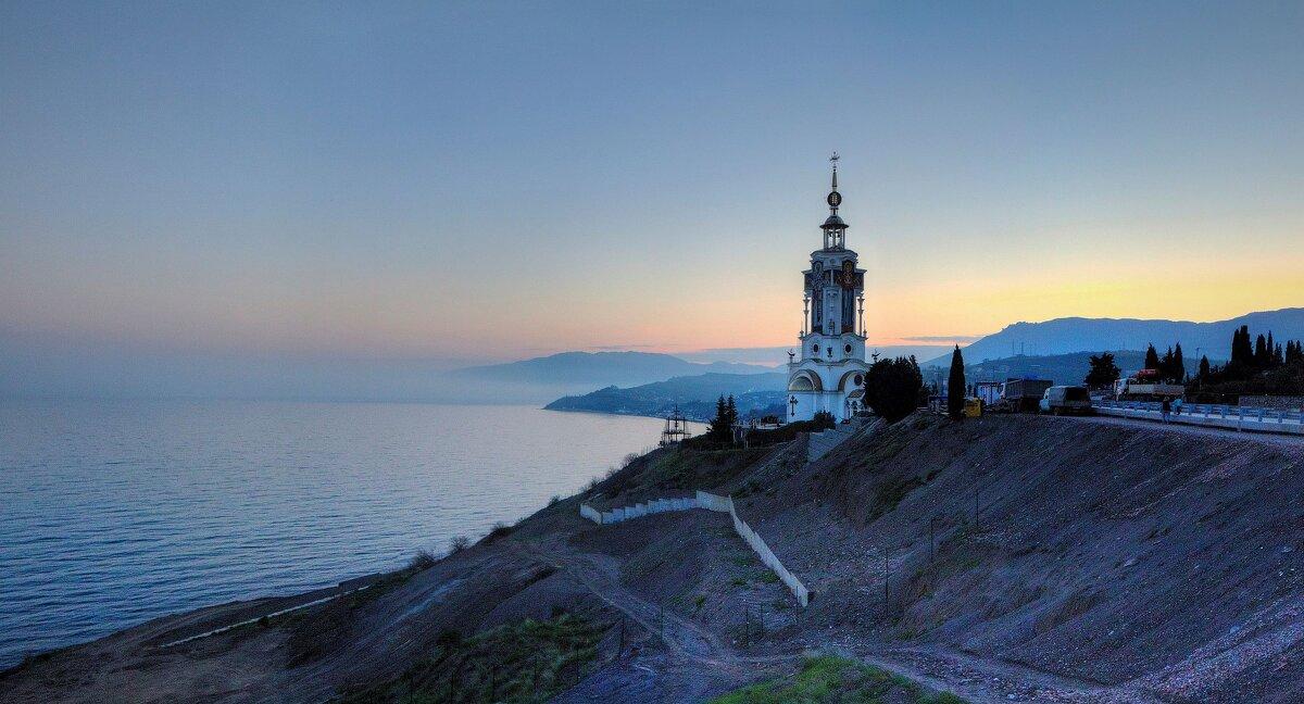 Вид на Храм-маяк святителя Николая Чудотворца - Константин