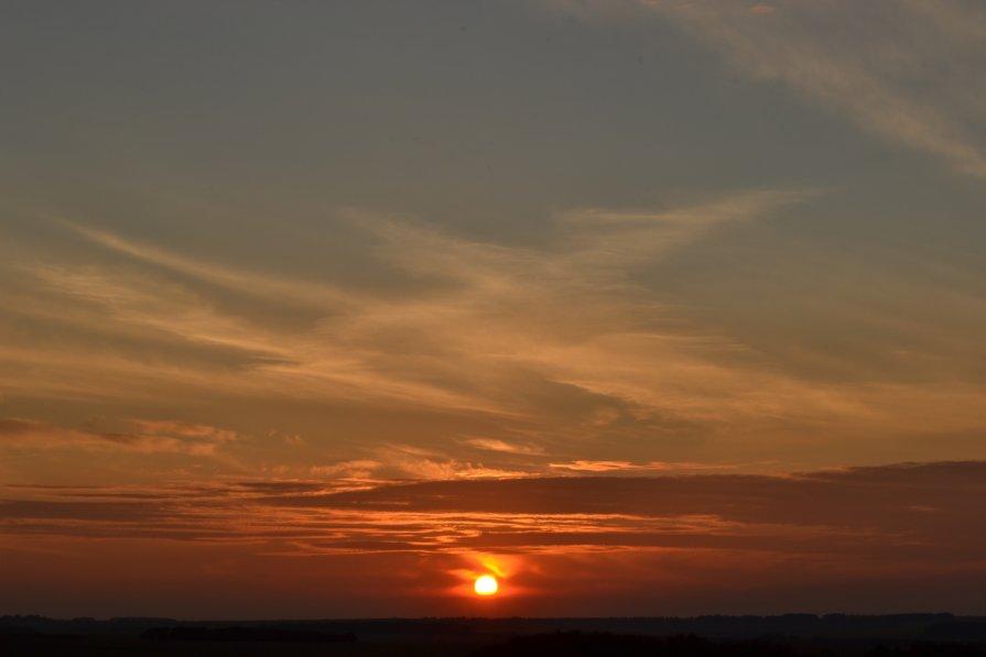 Общий вид на закат. - Александр Петраков