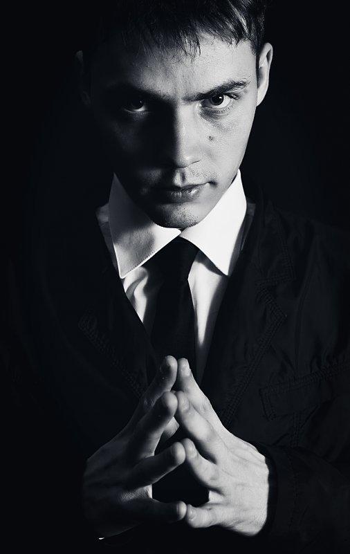 Автопортрет - Антон Никифоров