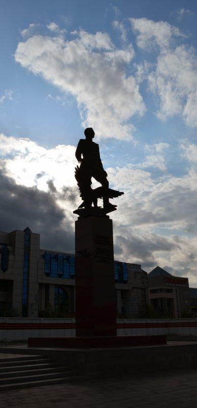 Огромное небо - Павел Самарович