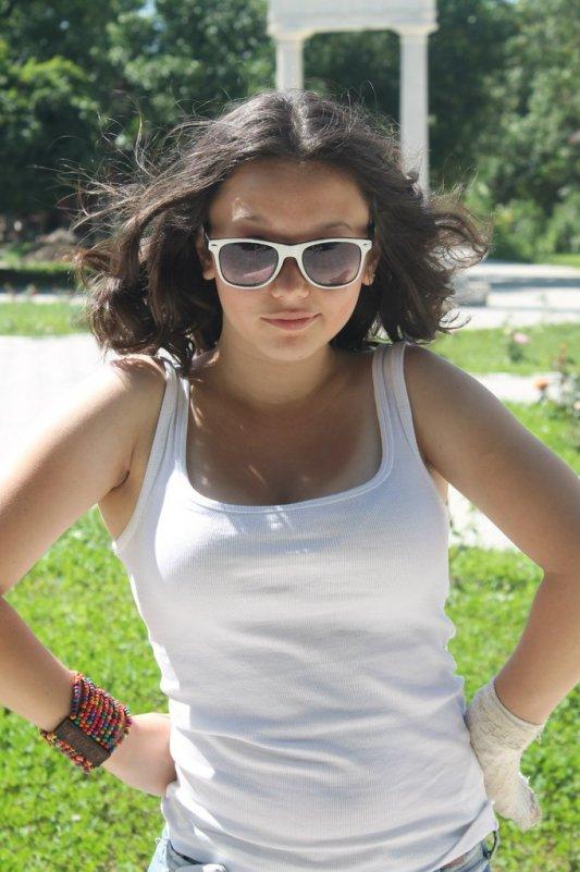 белый - Polinka Saraeva