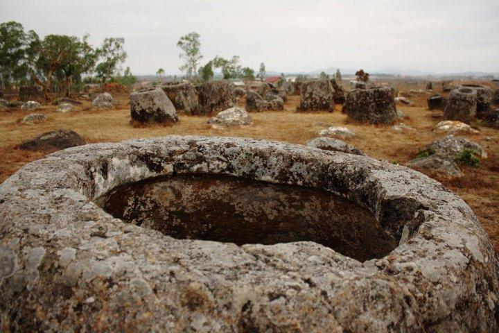 Plain of Jars. Xieng Khouang. Laos. - Eva Langue
