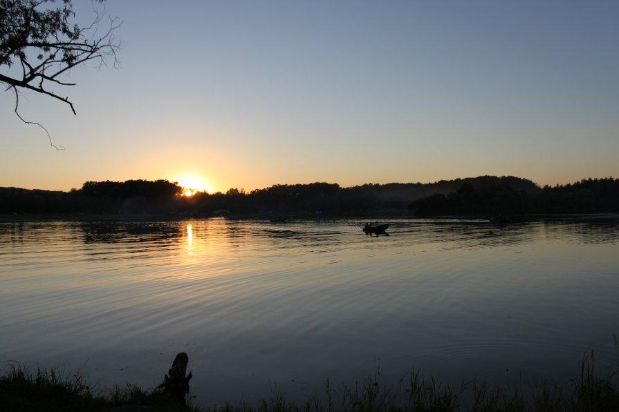 on the lake - natalia nataria