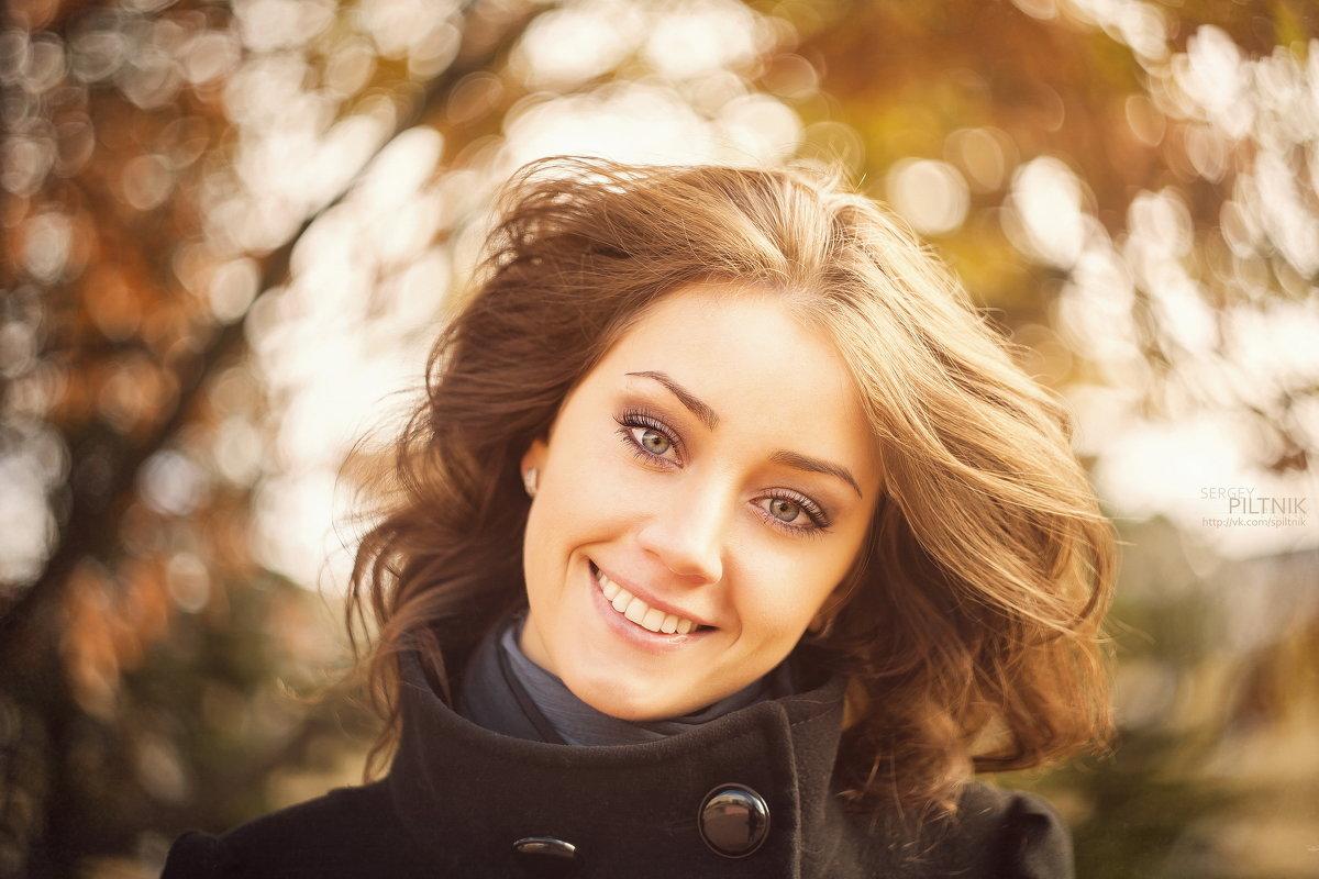 Улыбка в ее глазах... - Сергей Пилтник