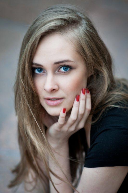 *** - Наталия Молдованова