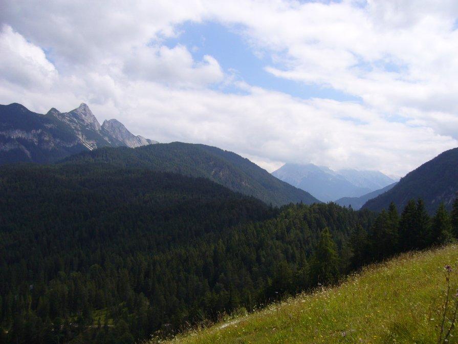 Avstrija - Zlata Charskaya
