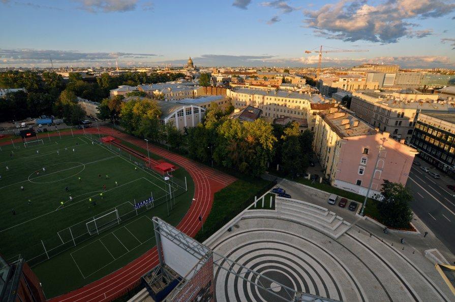 Площадь перед концертным залом Мариинки - Сергей Чевалков