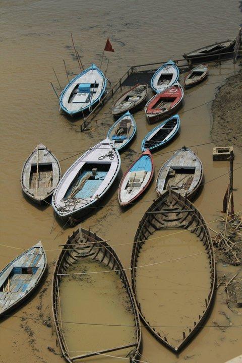 Ganges. Varanasi. India. - Eva Langue
