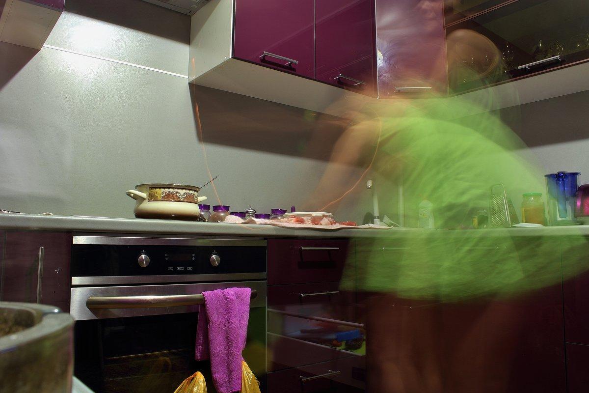 Фото жена на кухне 7