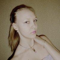 ... :: Мила Мжельская