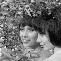 Две сестры.. :: Иван Клёц