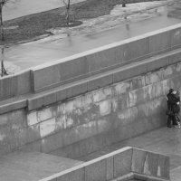 Любовь над городом :: Евгений Сенсоров
