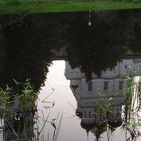 Отражение из глубины веков... :: Павел Суетов