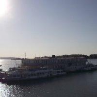 Речной порт. Полуденный зной. :: Мария Мечтатель