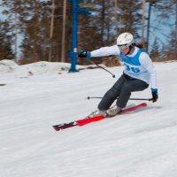 Горные лыжи в г. Нерюнгри :: Юрий Бородин