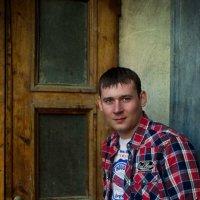 Портрет у черного входа :: Юлия Анохина