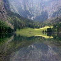 Горное озеро :: Vic Pearl