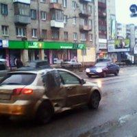 Курьёз на улице в Брянске :: Серёга Пилот