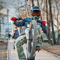 ... :: Леонид Лазаренко