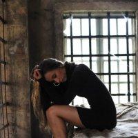 Темница :: Александра Захарова