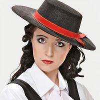 Портрет со шляпой :: Александр Титов