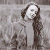 Девушка-осень :: Юлия Поджидаева