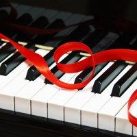 страсть по роялю... :: Юлия Поджидаева
