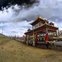 Пагода под небесами. :: Крис Ван дер Вальке