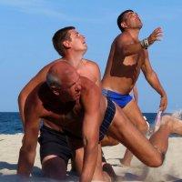 пляжный волейбол :: Николай Павленко