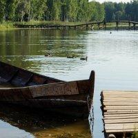 Лодка на приколе :: Олег Козлов
